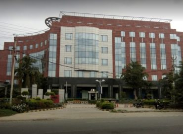 Pre Rented Office Space for Sale in Gurgaon | Unitech Trade Centre.