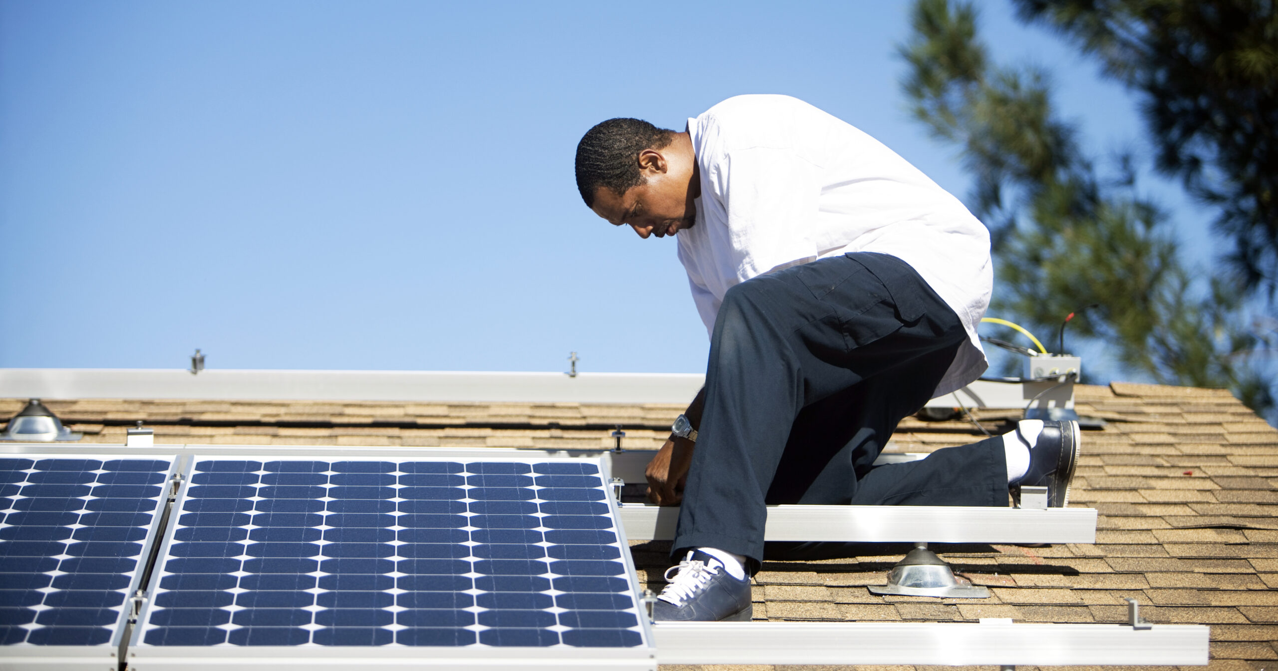 Community Solar Powers Major Economic Impacts in Local Communities