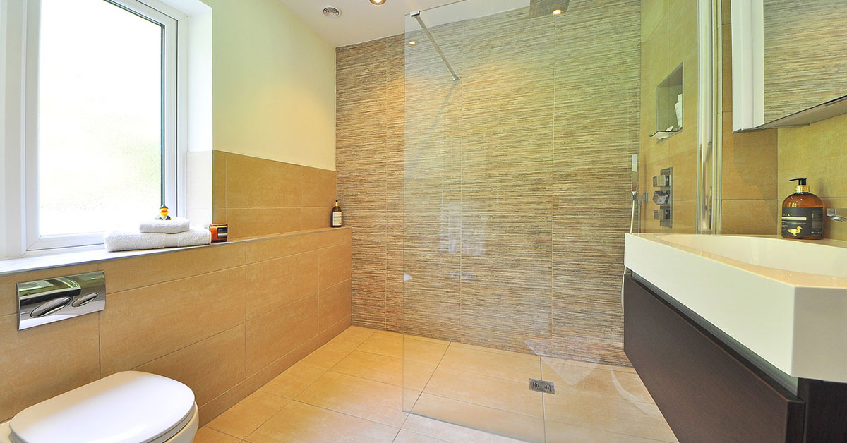 shower glass near volusia county