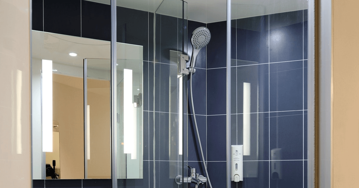 Frameless glass shower doors Near Volusia County