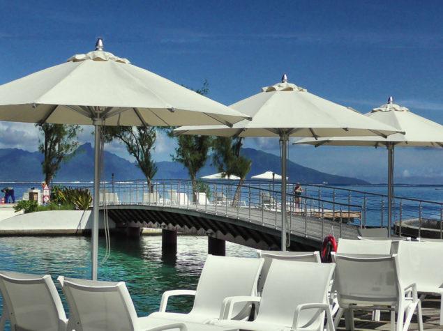 S2150016-16x9-From-Beach-Restaurant-Manava