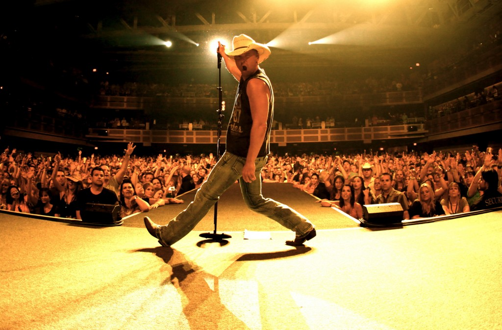 Kenny Chesney Live - CountryMusicRocks.net