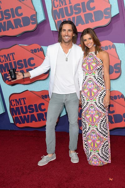 Jake Owen Wife Lacey CMT Awards Photo Credit Michael Loccisano Getty Images - CountryMusicRocks.net