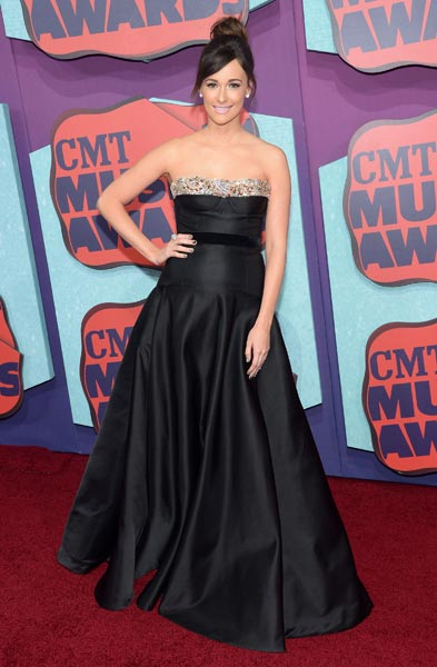 Kacey Musgraves CMT Awards Photo Credit Michael Loccisano Getty Images - CountryMusicRocks.net