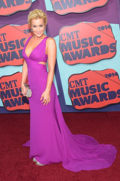Kellie Pickler CMT Awards Photo Credit Michael Loccisano Getty Images - CountryMusicRocks.net