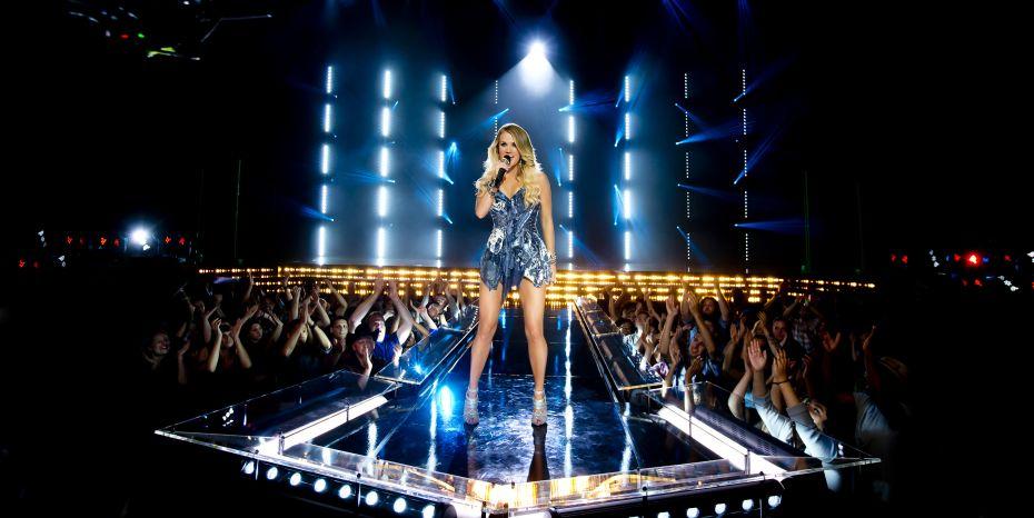 Carrie Underwood NBC Sunday Night Football - CountryMusicRocks.net