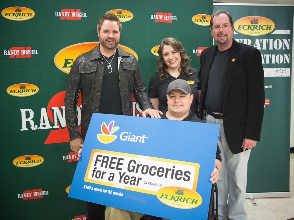 Randy Houser Partners with Eckrich - CountryMusicRocks.net