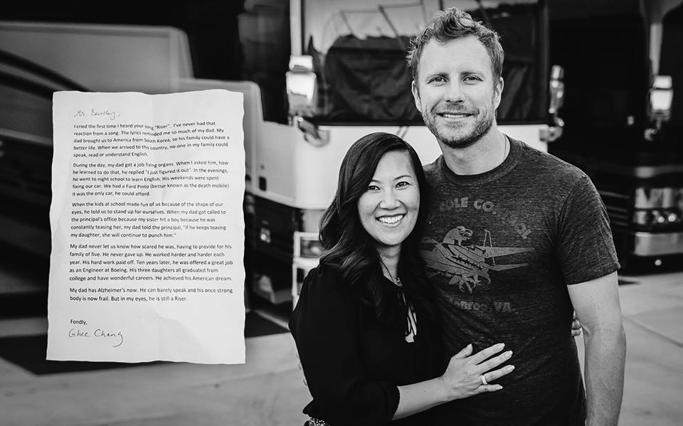 Dierks Bentley Connects with Fan - CountryMusicRocks.net