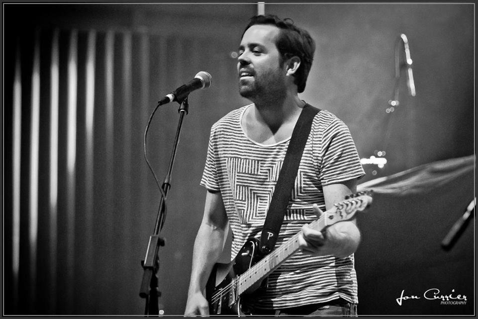 Old Dominion Brad Tursi - CountryMusicRocks.net