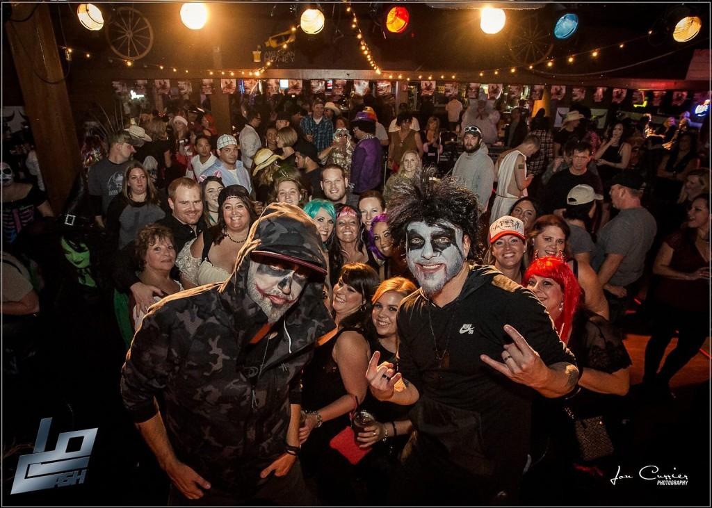 LoCash Halloween - CountryMusicRocks.net