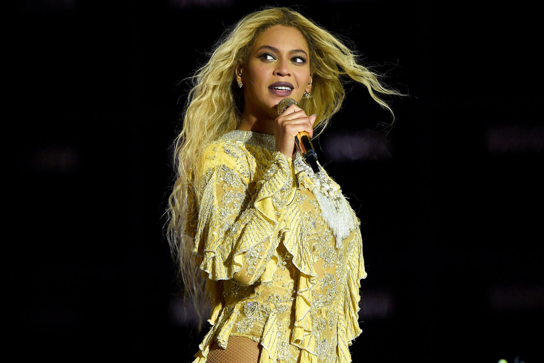Beyonce CMA Awards