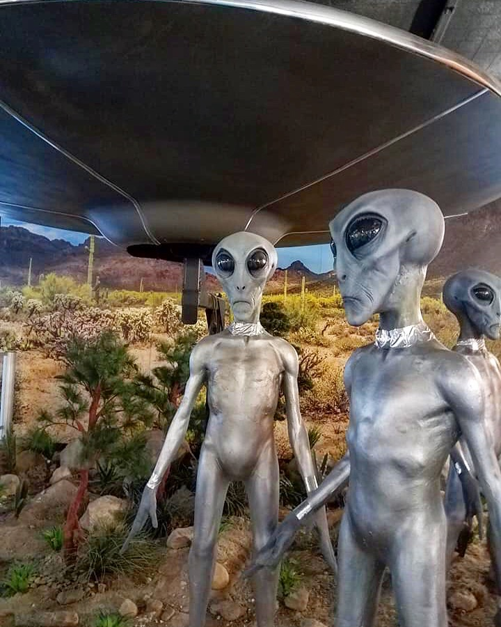 Roswell, Aliens, X-files, Oh My! (Our Cross Country Trip)