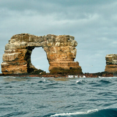 darwins-arch-darwin-island-galapagos-national-park