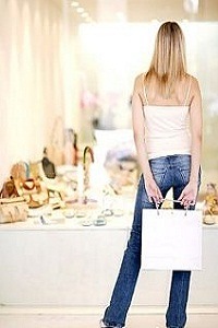 Shoe shopping, Kleptomania
