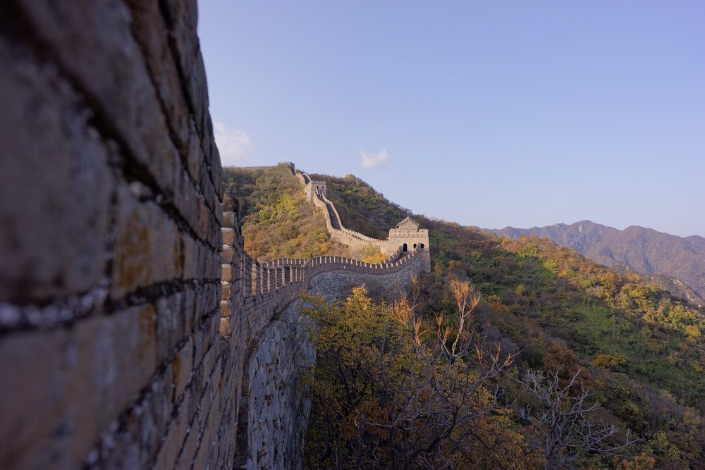 Side view of great wall of china