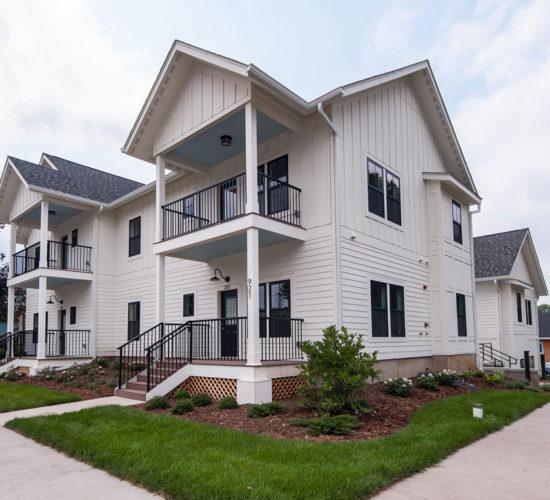 Grove Apartments