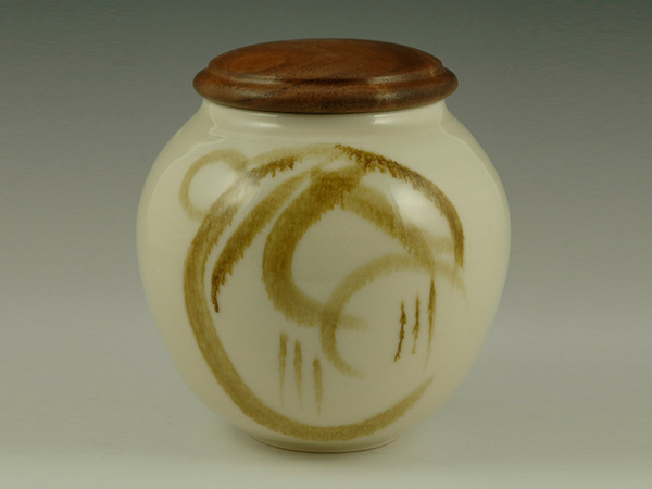 Covered-Jar-Cherrywood-lid-Porcelain7Hx6D