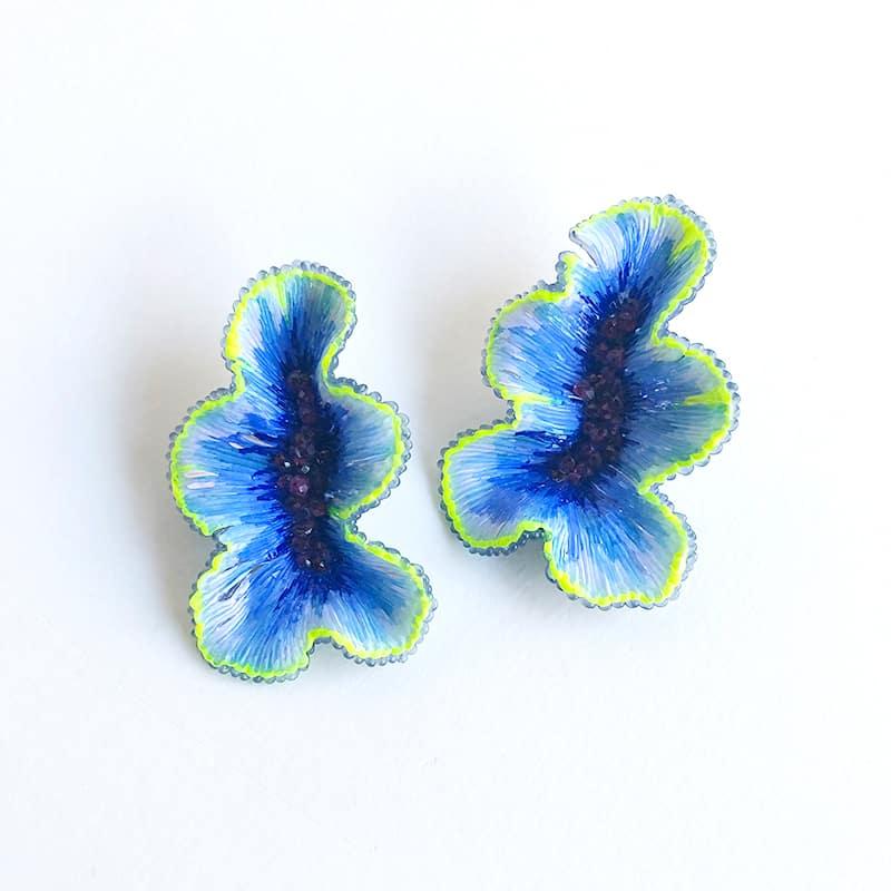 Carina Shoshtary Bijoux contemporains Boucles d'oreilles originales