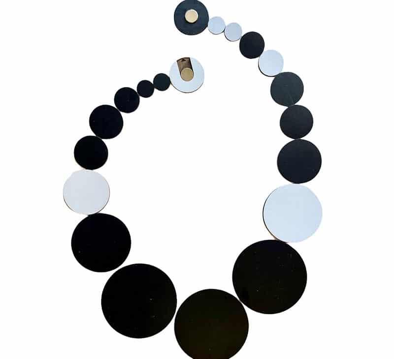 Rebecca Hannon collier Othello necklace