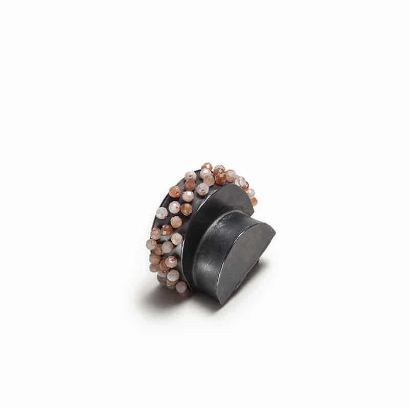 Gabrielle Desmarais contemporary jewelry