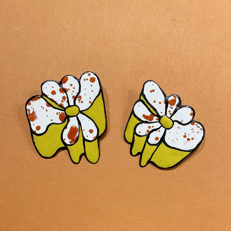 Boucles d'oreilles Fleurs en émail d'Aurélie Guillaume