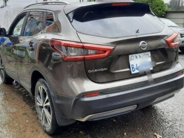 The Nissan Qashqai (J15) is a compact crossover SUV Vehicles