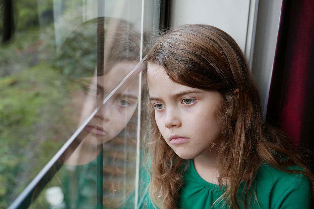 girl-looking-window