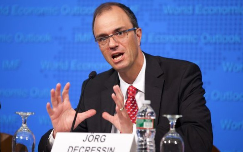IMF Warns Debt Crisis To Persist In 2012, Prepares To Bailout Spain