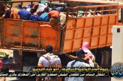 War Crime! Syrian Rebels Mass Execute Civilians – GRAPHIC VIDEO