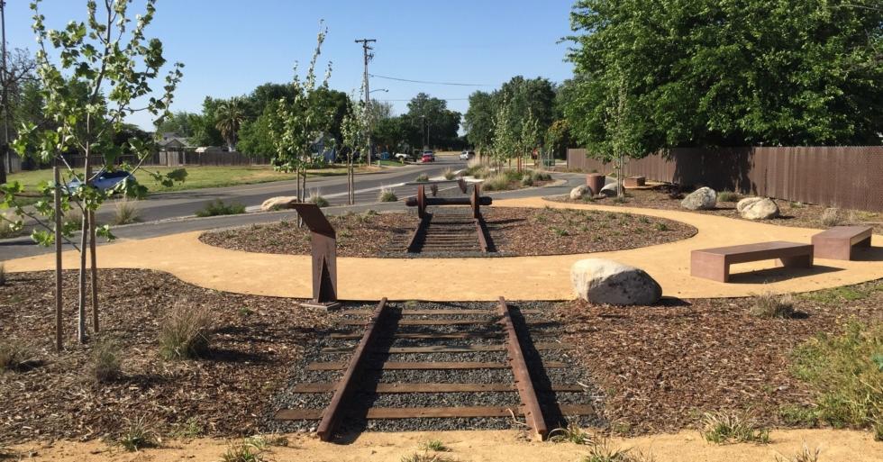 MDG-live-oak-community-trail