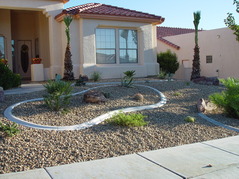 Arizona Landscaped Yard