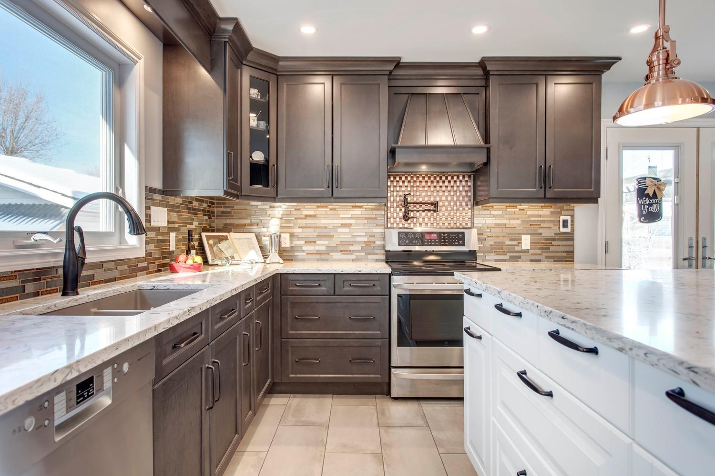 Stony Plain Kitchen