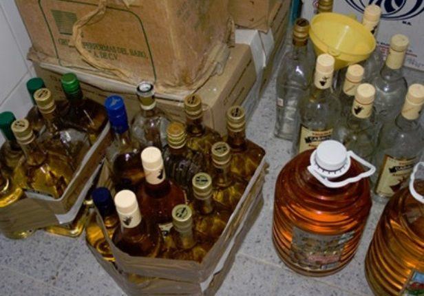 Sube a 90 muertos y 212 intoxicados por alcohol adulterado