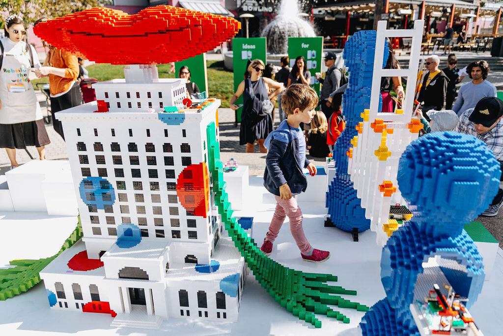 JW_Lego_10