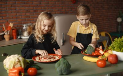 How to encourage your littles to try new foods and eat more balanced