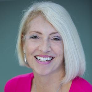 Dr Irena Kay