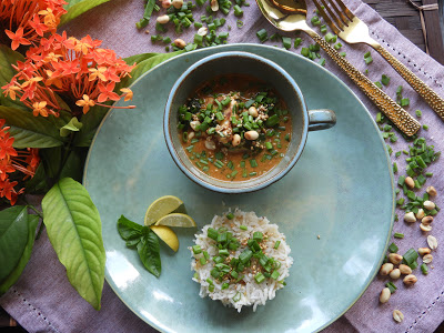 Spicy Peanut Curry with Sesame Seeds - Thai recipe at Kitchen by Nidhi