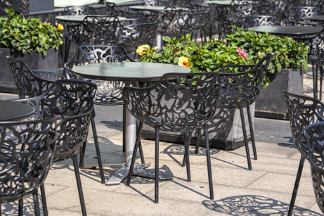 chairs-table-street-cafe-downtown