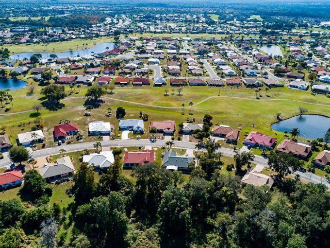 1912 NEW BEDFORD DR, SUN CITY CENTER, Florida 33573-6101