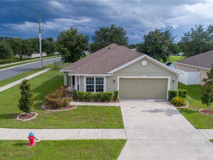 2239 BEXLEY DR, TAVARES, Florida 32778-5717