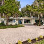 32950 LAKESHORE DR, TAVARES, Florida 32778-5013