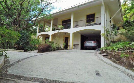 Altos del Maria Riverside Villa