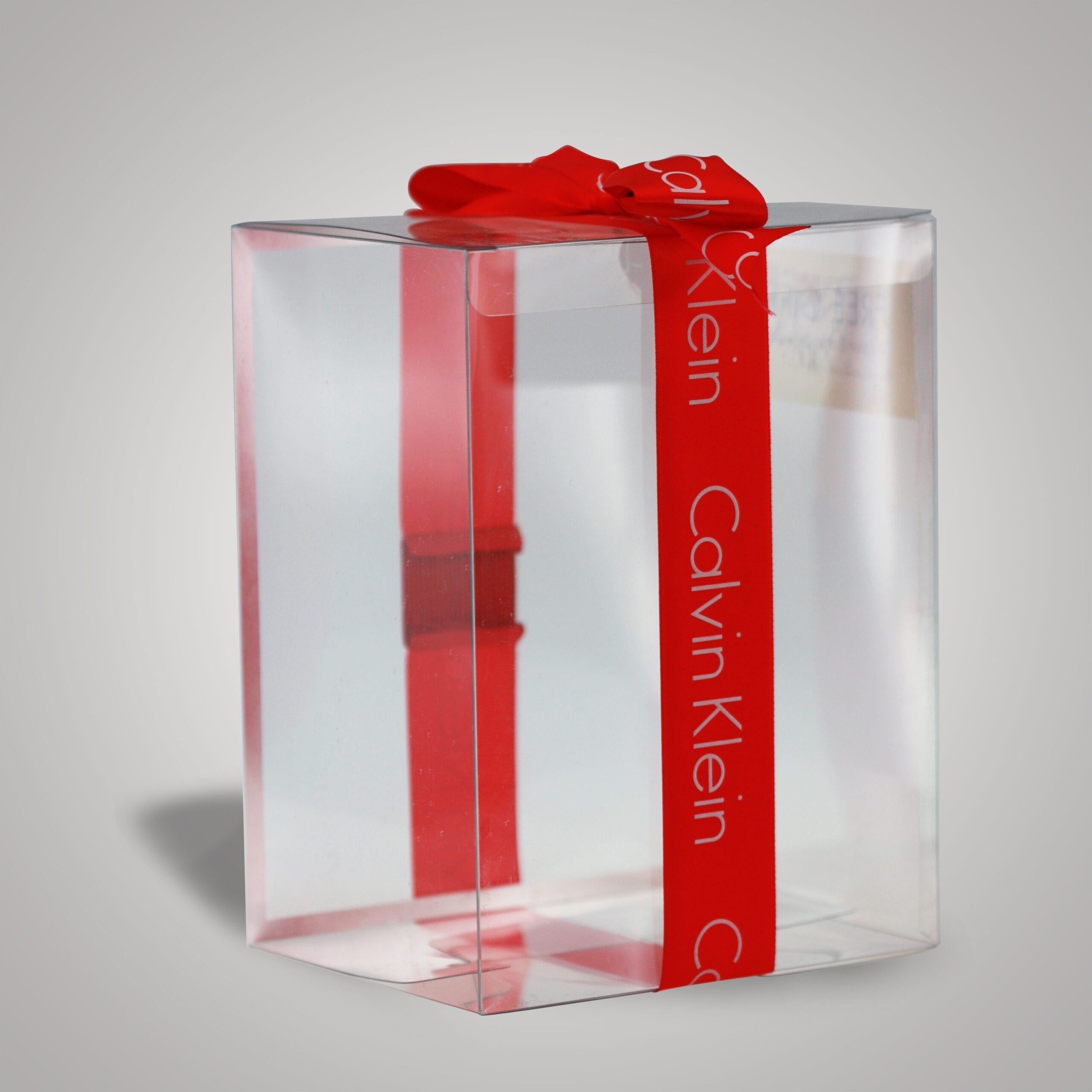 Branded clear packaging serves the dual purpose of showing off your product while also branding the product for the optimal effect. This custom holiday clear packaging exemplifies that even the simplest of packages can speak volumes for a product.