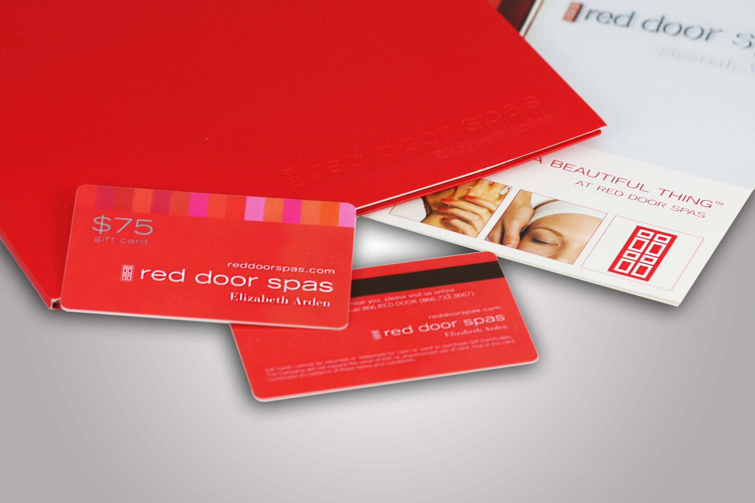 A custom designed gift card can help you attract new customers and reward loyalty of existing customers. At PPD&G we can help you create the perfect custom printed magnetic strip gift card for your business.