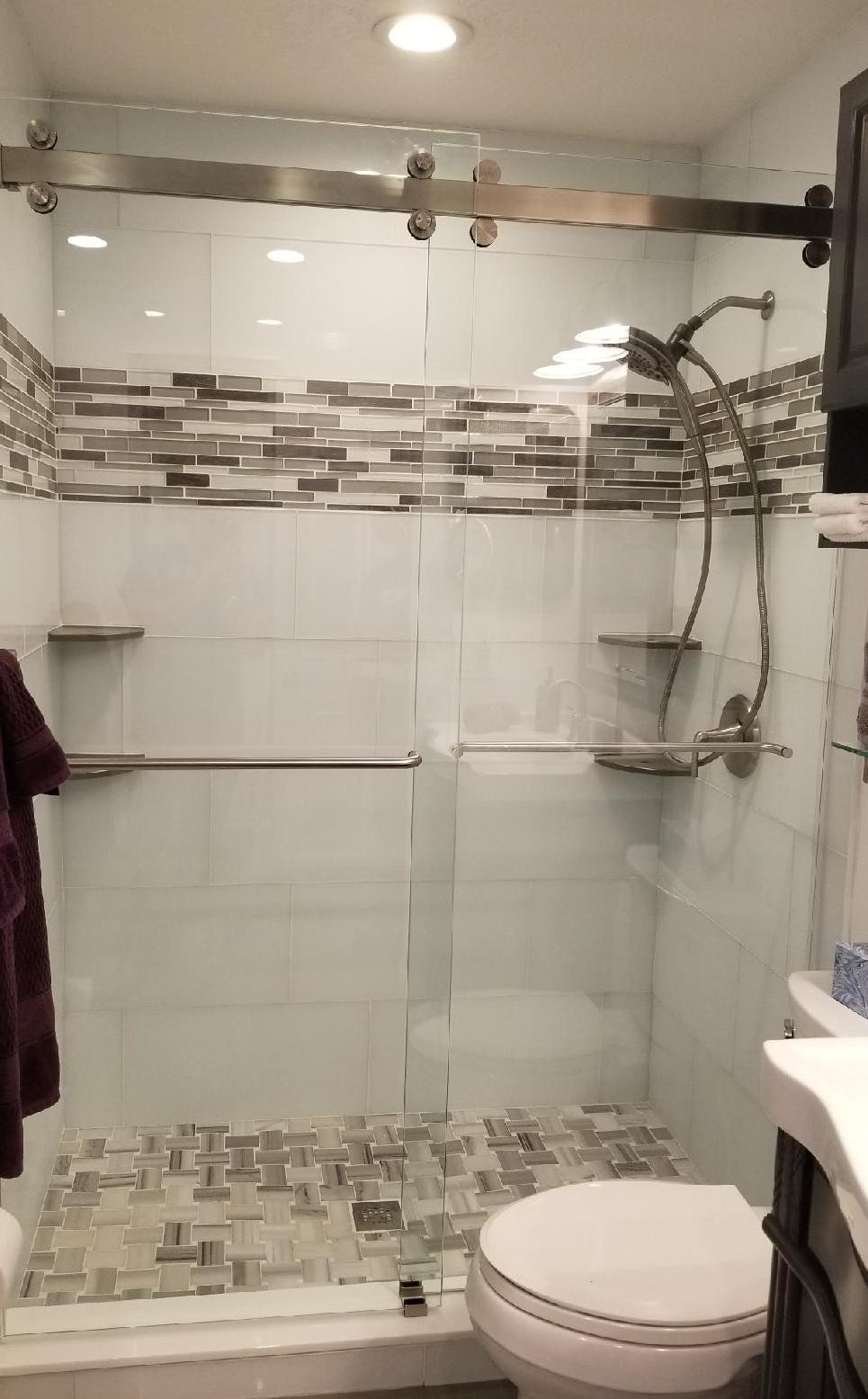 Shower glass doors 9