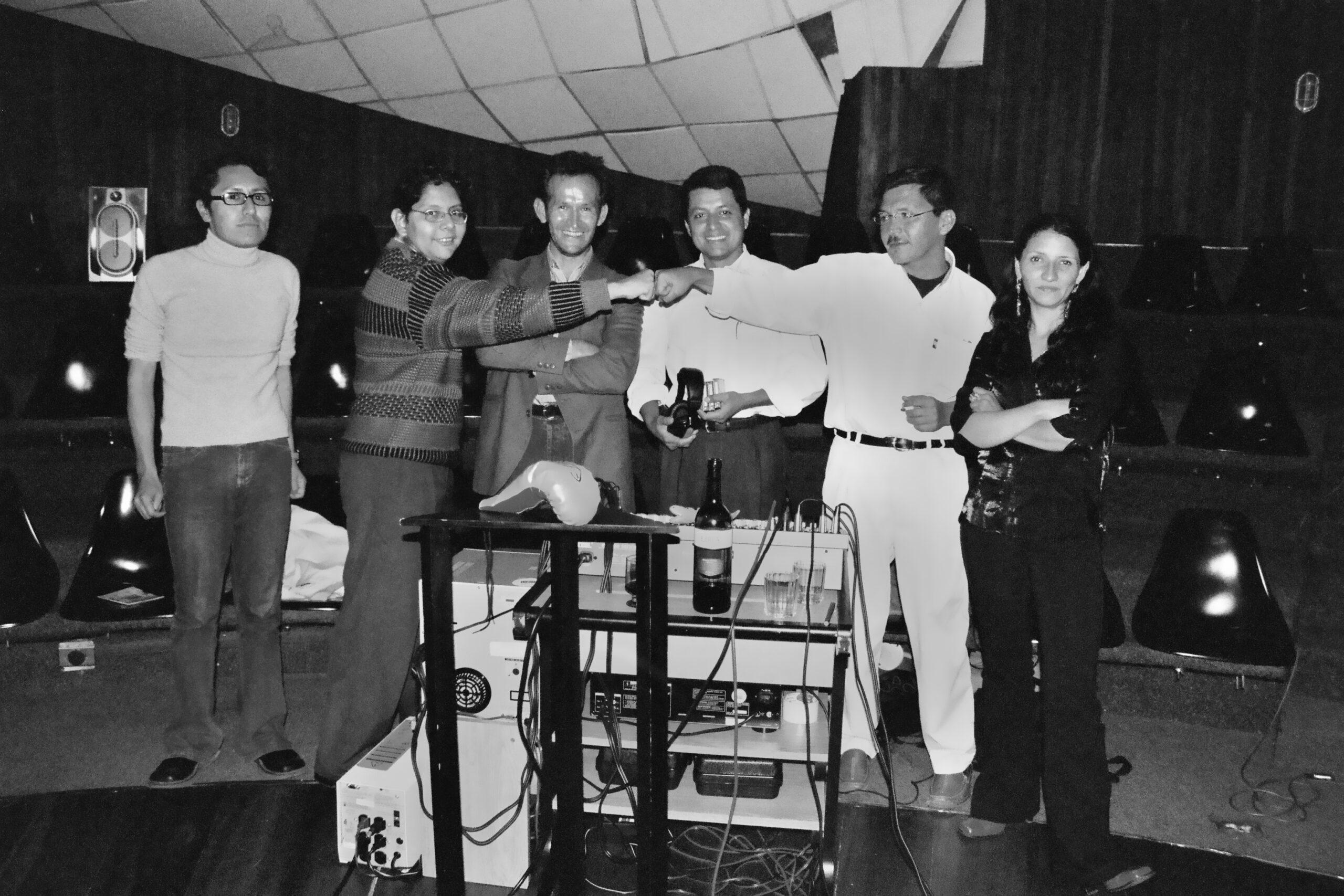 Fabiano Kueva, Ángel Emilio HIdalgo, Efraín Villacís, Byron Azuero, Roy Siguenza y Mayra Estévez.