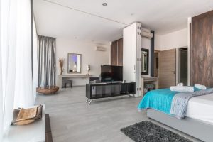 REMAX Homeland West - Home Staging