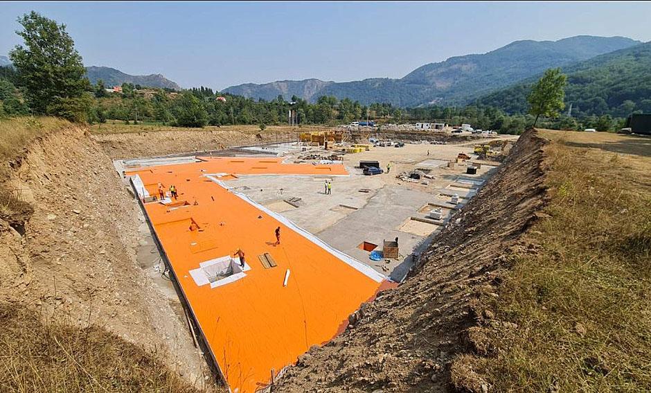 Montis Mountain resort гражданство Черногории