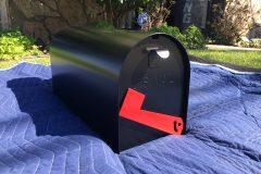 #03 House Black - Mail Box & #216 - Flag