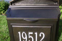 #61 Dark Bronze Mailbox with #303 Suge White